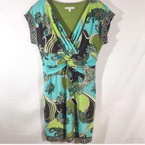 SANDRA DARREN green/brown paisley v-neck dress/10